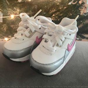 Nike Shoes - Baby Girl Nike Air Max EUC
